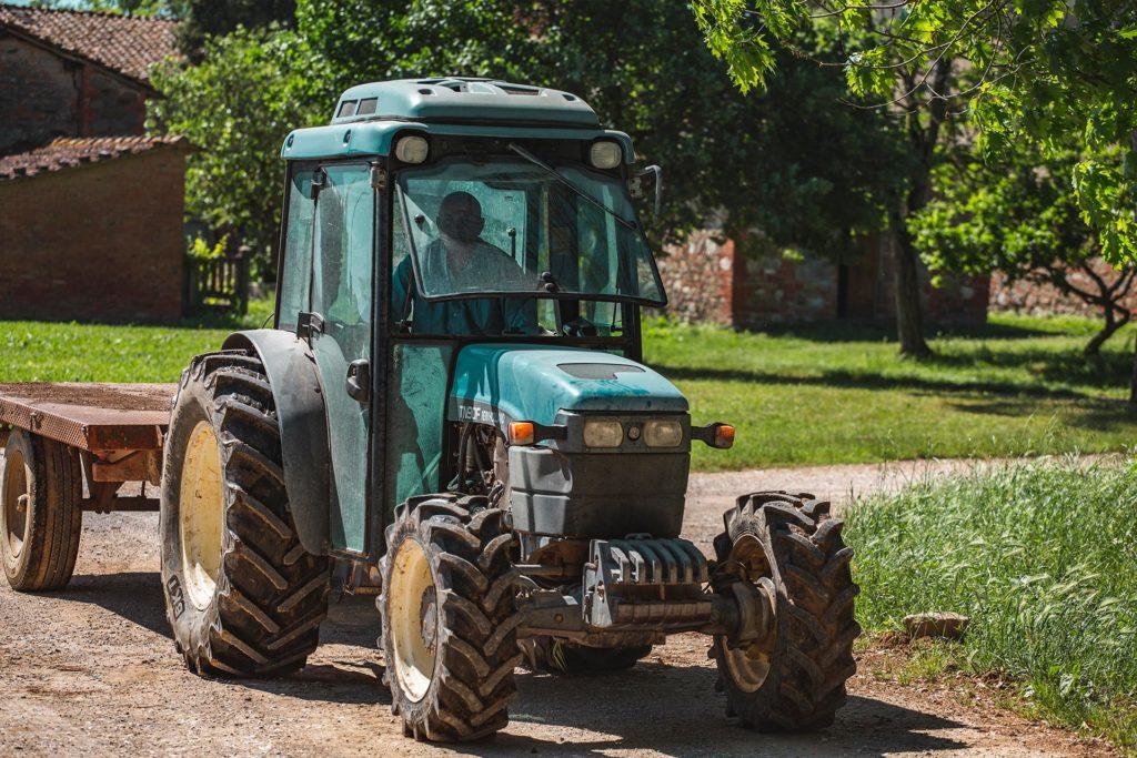 Trattore agricoltura biologica